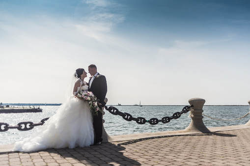 Cleveland Wedding Photo of a bride and groom on Lake Erie.