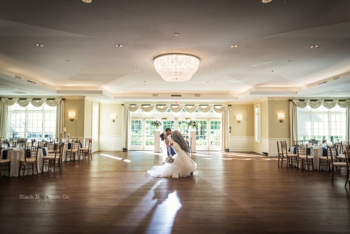 Cleveland Wedding Photo Of A Reception At The Glidden House